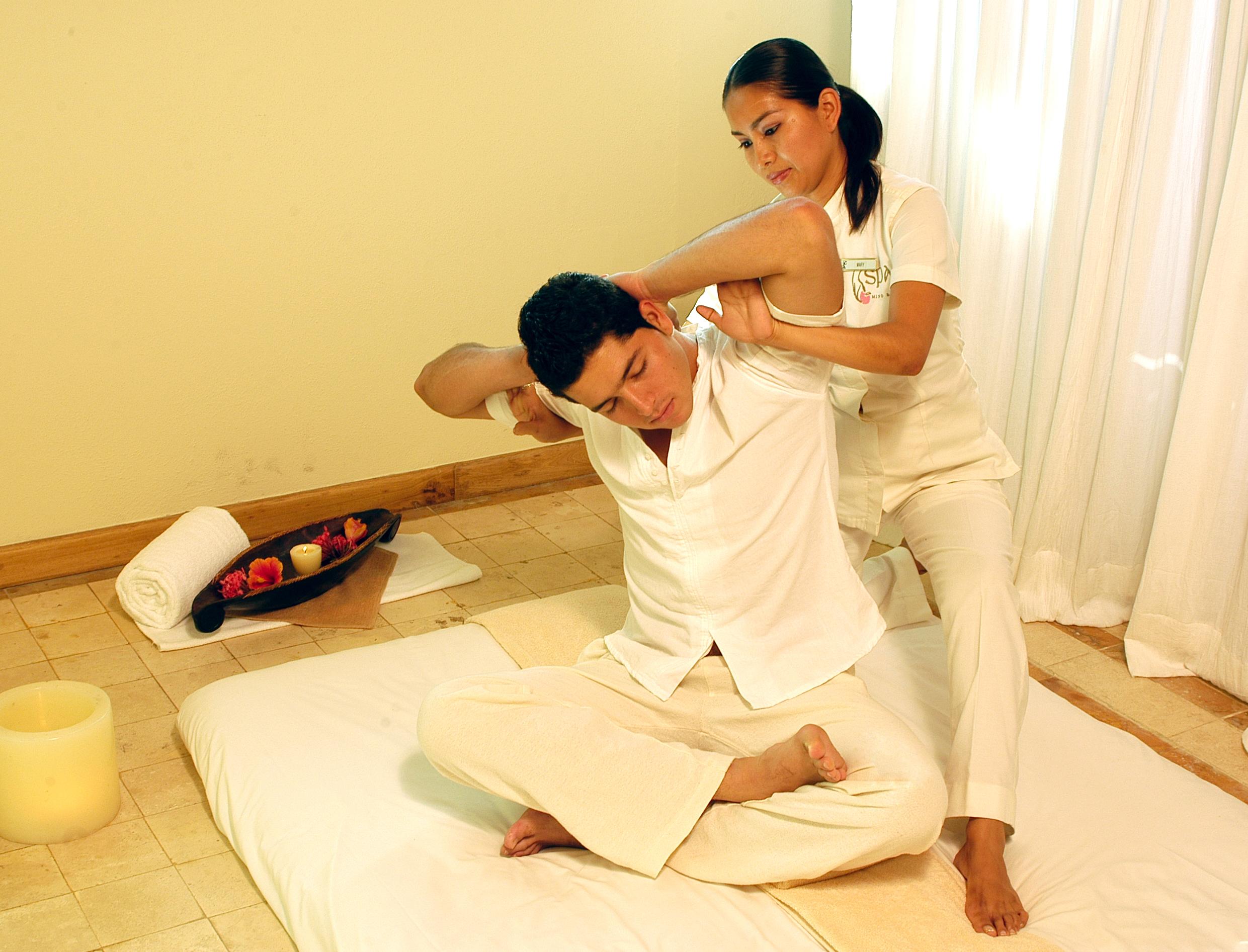 Как сделать тайский массаж